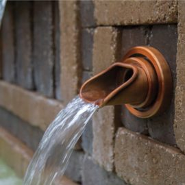 Wall Spout Ellipse, brons